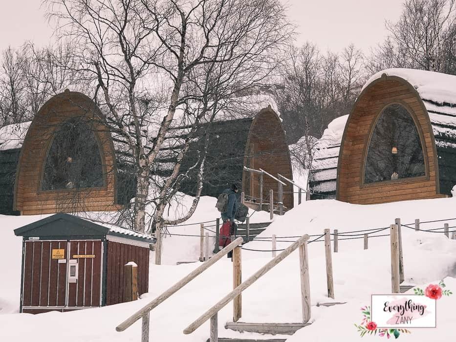 The wooden cabin of Kirkenes Snow Hotel