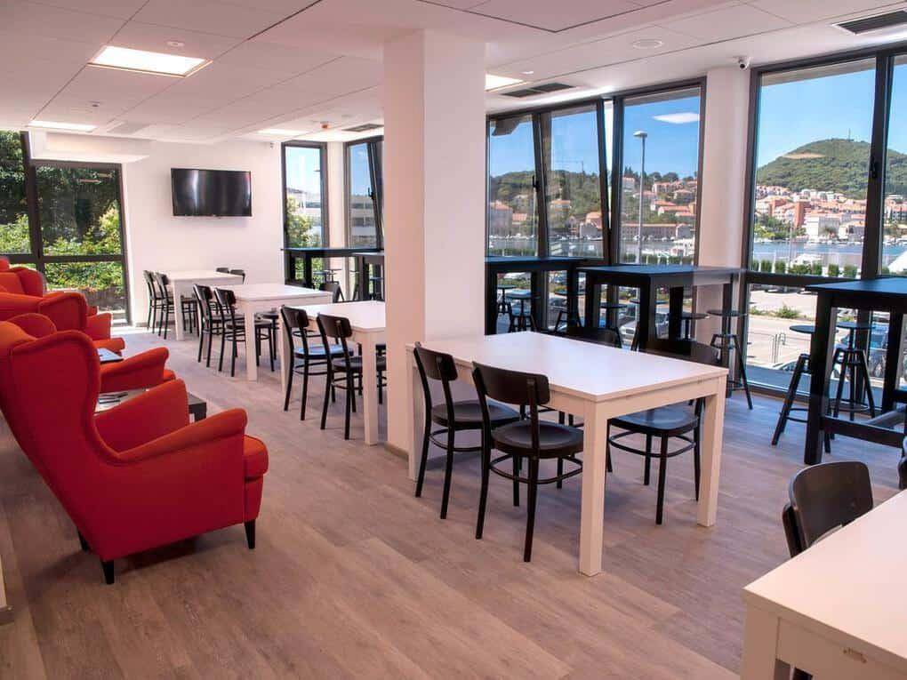 Dubrovnik Hostel Lounge and Breakfast Room
