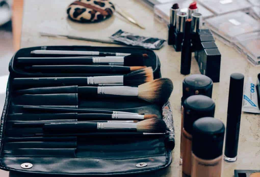 Travel beauty kit