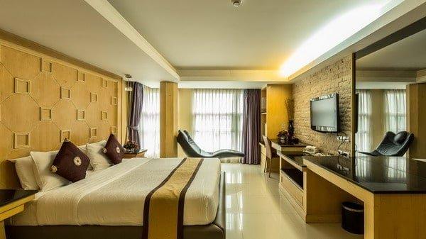 Smart Suites Bangkok