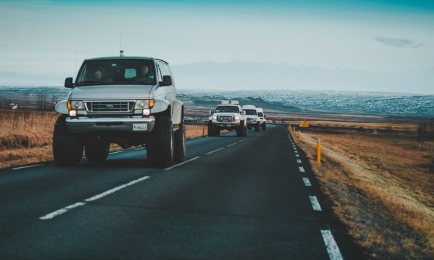 Helpful Guide to Driving in Iceland (Car Rental in Iceland)
