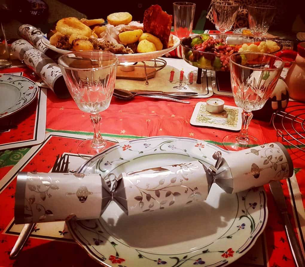 British Christmas Crackers traditions