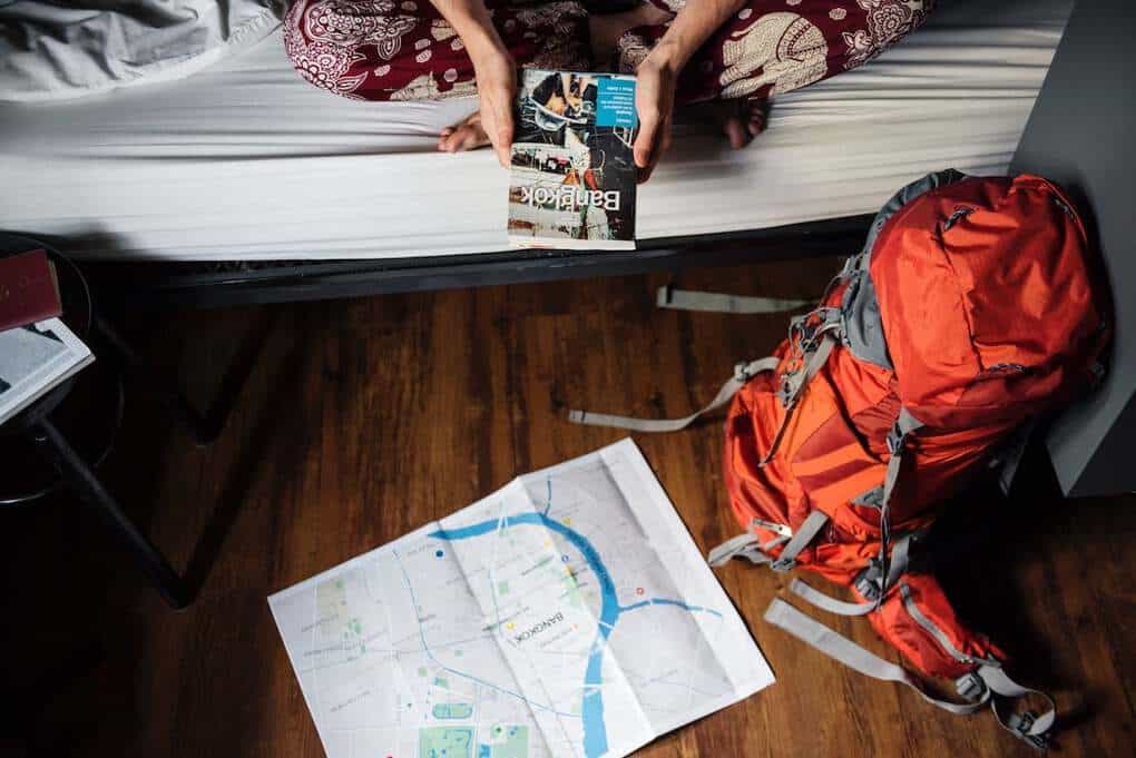 tips on staying in a backpacker hostel for the first time