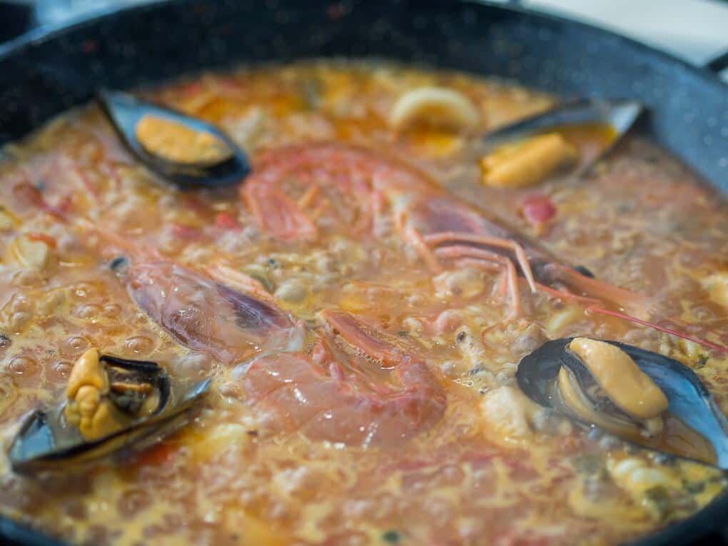 Paella Cooking With food Sherpa in Malaga