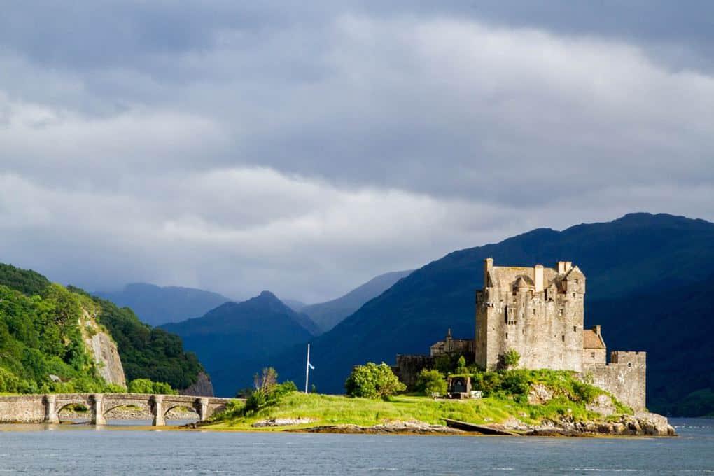 Eilean-Donan-Scotland-Roving-Vails