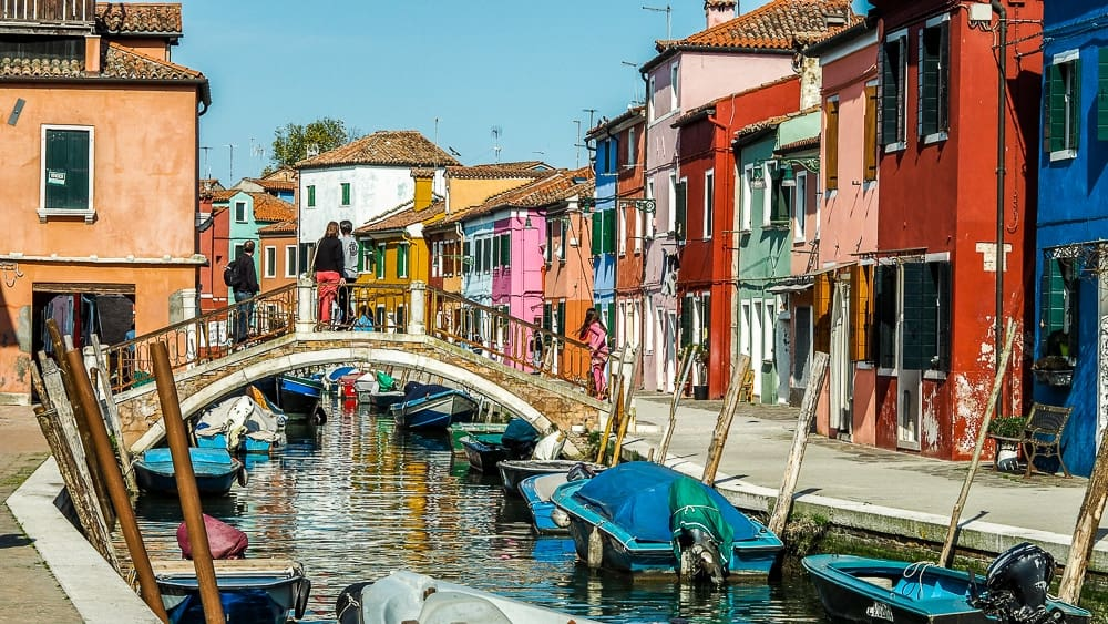 Backpacking Travel Around Europe By Train Itinerary For 2 Weeks - Burano