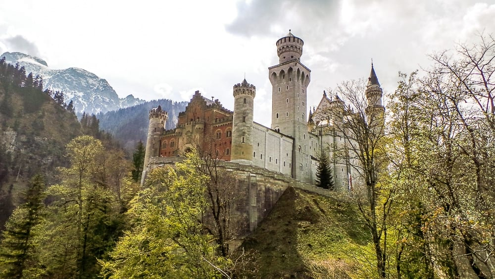 Backpacking Travel Around Europe By Train Itinerary For 2 Weeks - Neuschwanstein Castle