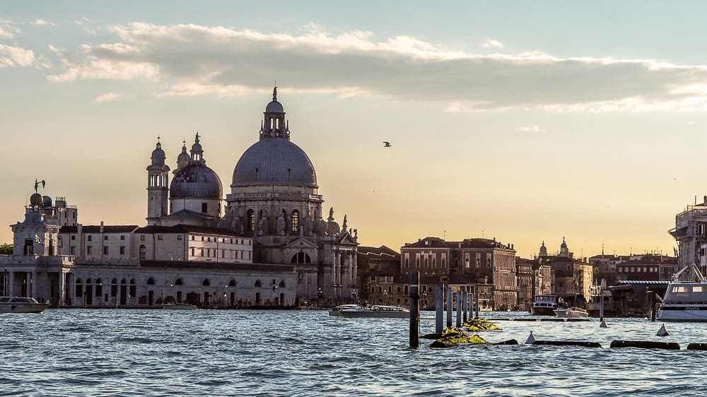Backpacking Travel Around Europe By Train Itinerary For 2 Weeks - Venice