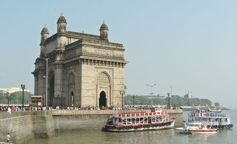 Places to visit in India - The Gateway of India -Mumbai