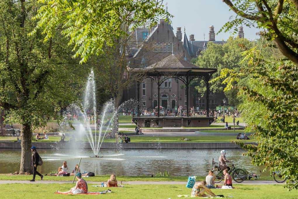 Summer in Oosterpark Oost Amsterdam