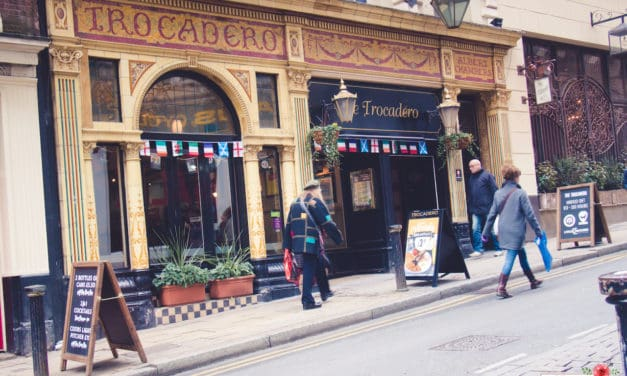 Best Alcoholic British Pub Drinks To Try in The UK