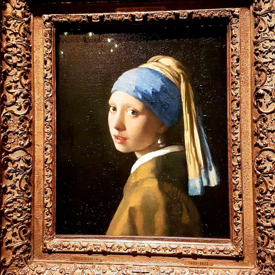 The Girl with the Pearl Earring in Mauritshuis in the Hague